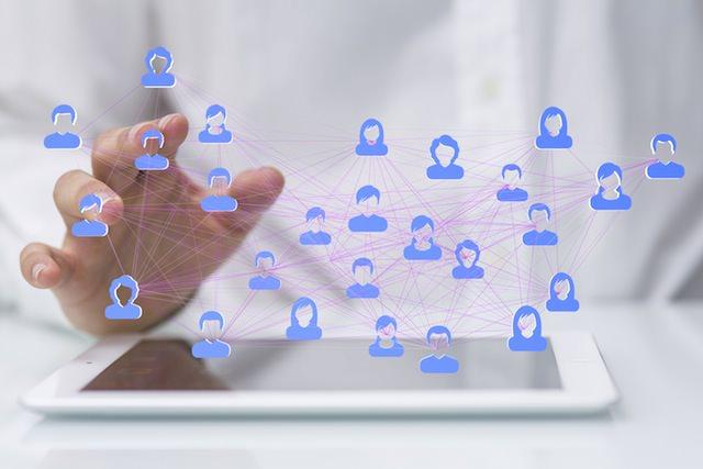 Facebookのニュースフィードアルゴリズム変更に対応する3つの方法