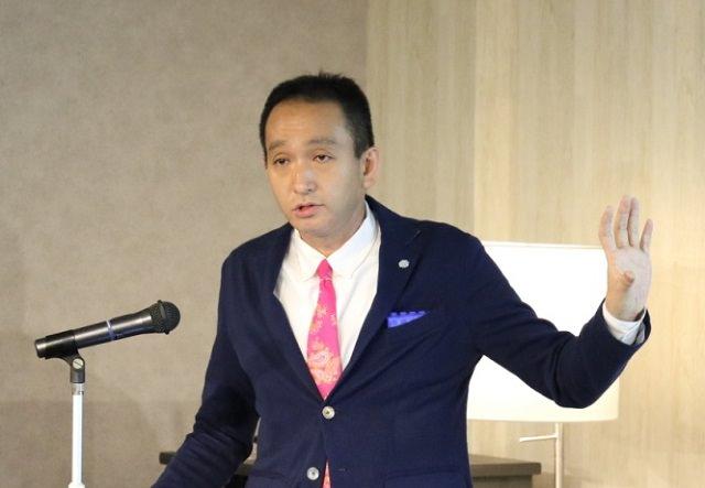 株式会社コーセーコスメポート 戦略事業部 副部長 山崎 秀樹氏