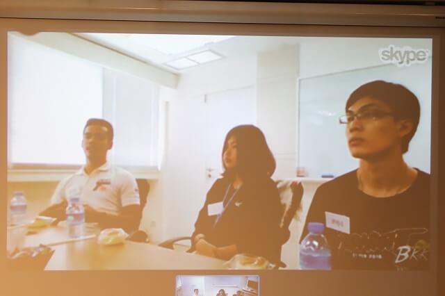 タイ消費者のグループインタビューをSkypeで中継