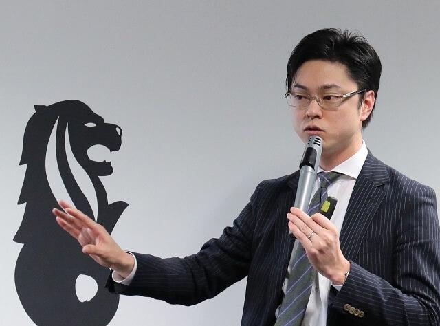 ピーカーの濱野 智成 氏。ビッグデータ解析や海外でのマーケティング支援に強みを持つ株式会社トレンドExpress(株式会社ホットリンクの100%子会社)の代表取締役社長を務めている